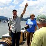 Pete Seeger Remembered As Advocate For Hudson River